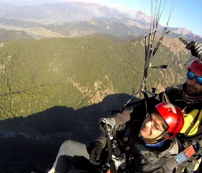 feb_paragliding