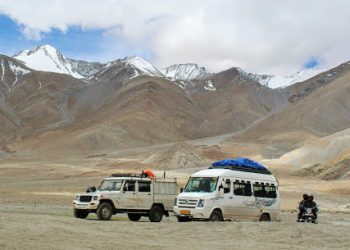 leh-ladakh-via-traveler